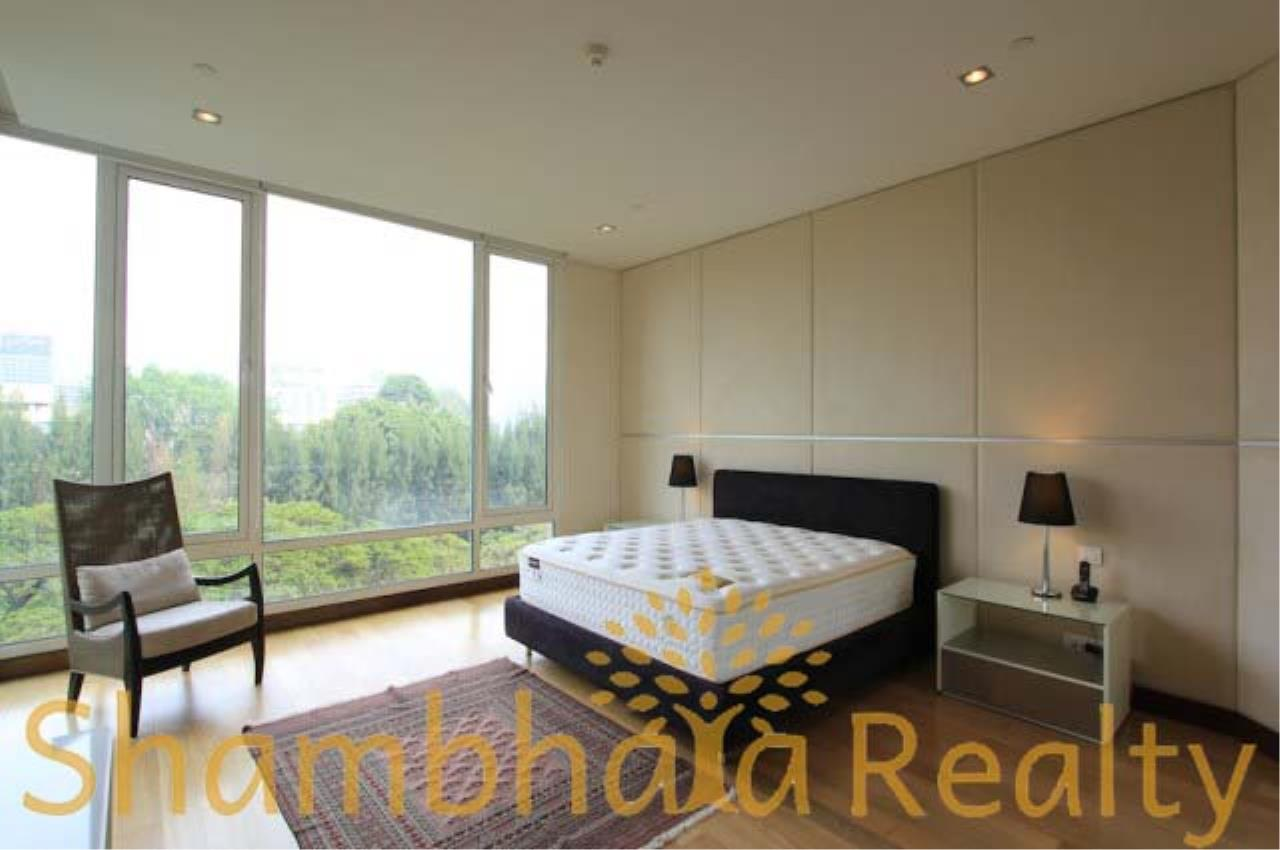 Shambhala Realty Agency's The Park Chitlom Condominium for Rent in Somkid ( Soi Central Chitlom ) 2