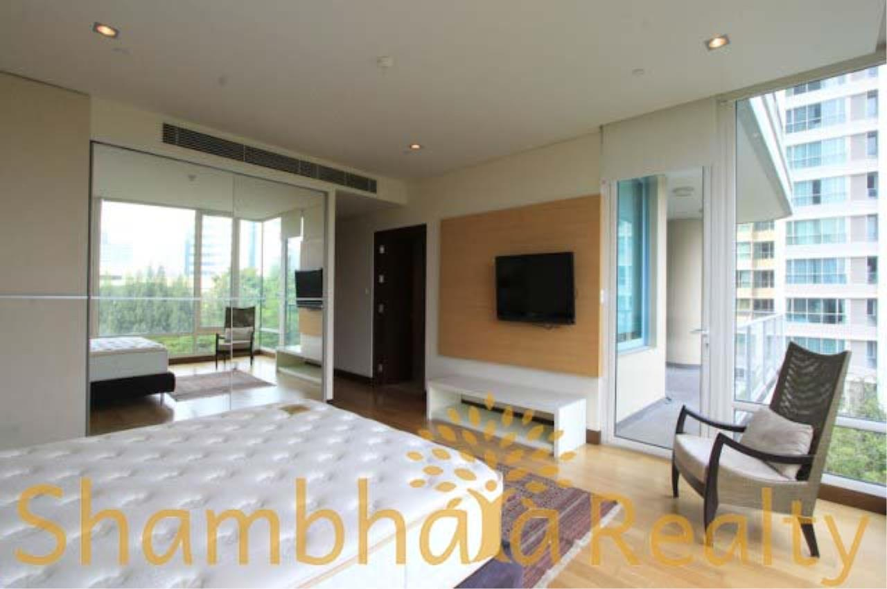 Shambhala Realty Agency's The Park Chitlom Condominium for Rent in Somkid ( Soi Central Chitlom ) 1