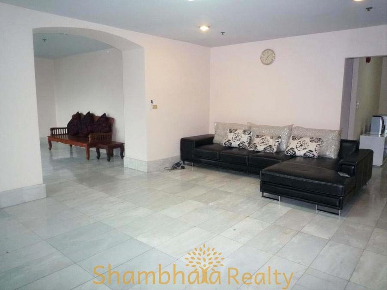 Shambhala Realty Agency's 33 Tower Condominium for Rent in Sukhumvit 33 3