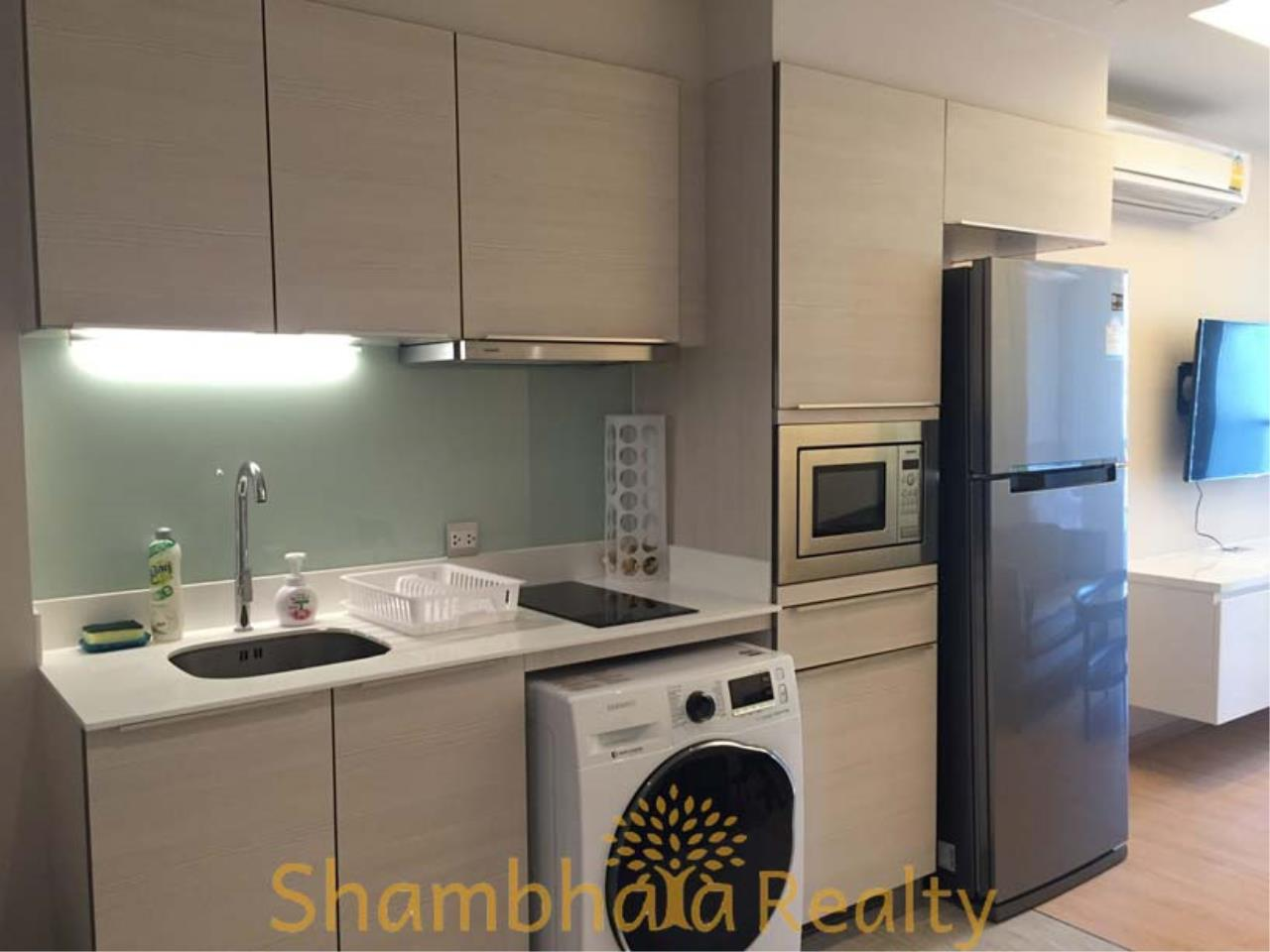 Shambhala Realty Agency's H Sukhumvit 43 Condominium for Rent 1