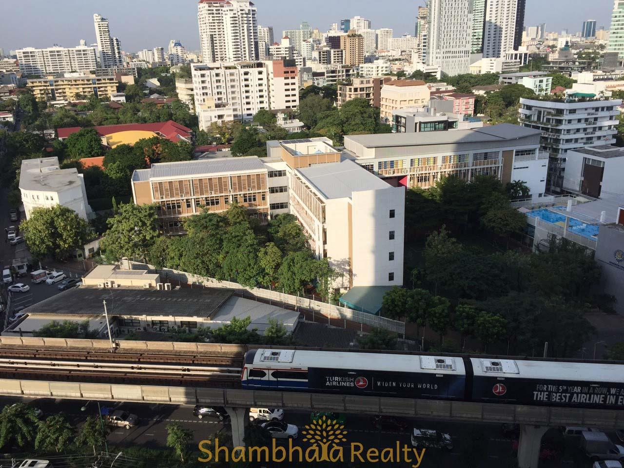 Shambhala Realty Agency's The Crest Sukhumvit 34 Condominium for Rent in Sukhumvit 34 2