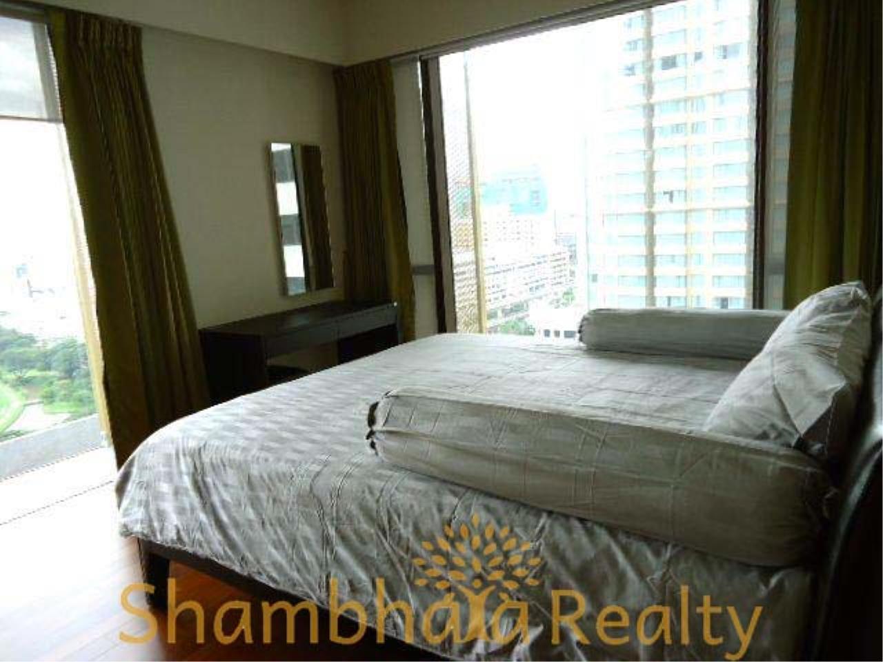 Shambhala Realty Agency's Hansar Rajdamri Condominium for Rent 4