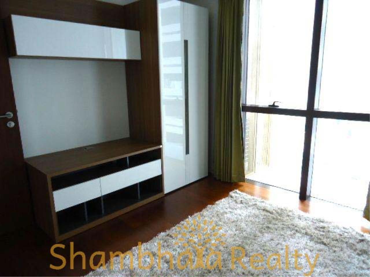 Shambhala Realty Agency's Hansar Rajdamri Condominium for Rent 5