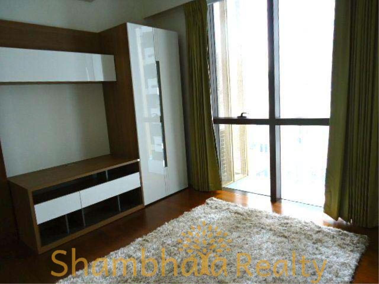 Shambhala Realty Agency's Hansar Rajdamri Condominium for Rent 8