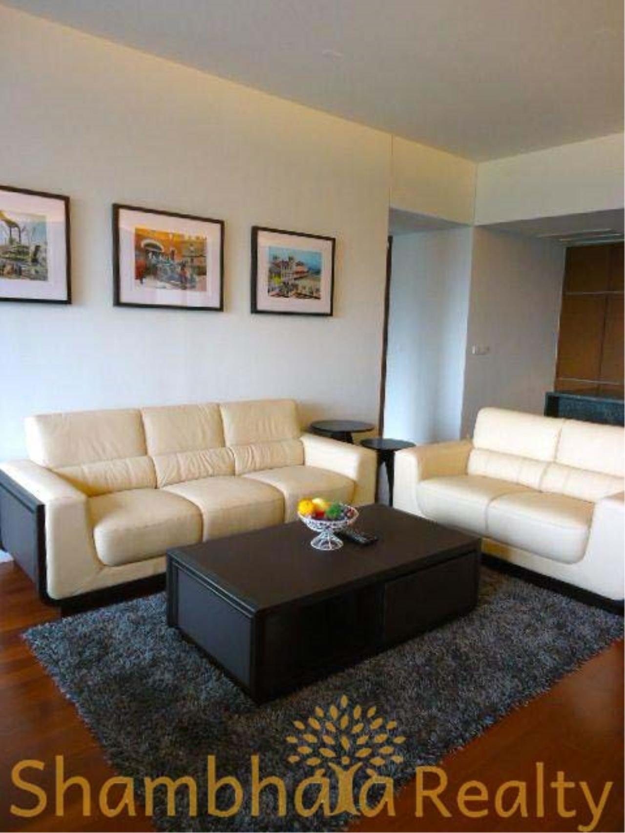 Shambhala Realty Agency's Hansar Rajdamri Condominium for Rent 2
