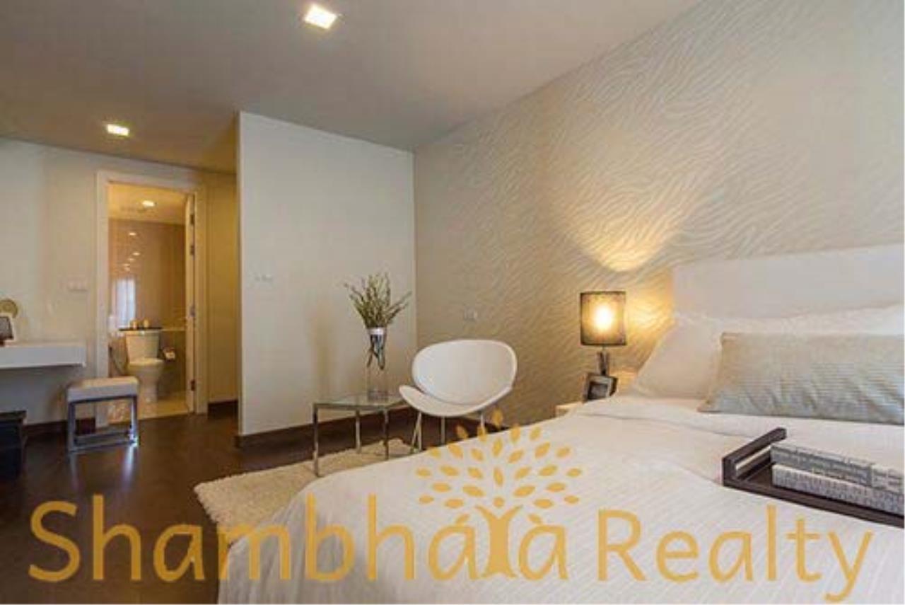 Shambhala Realty Agency's LIV @5 Condominium for Sale in Sukhumvit 5 5
