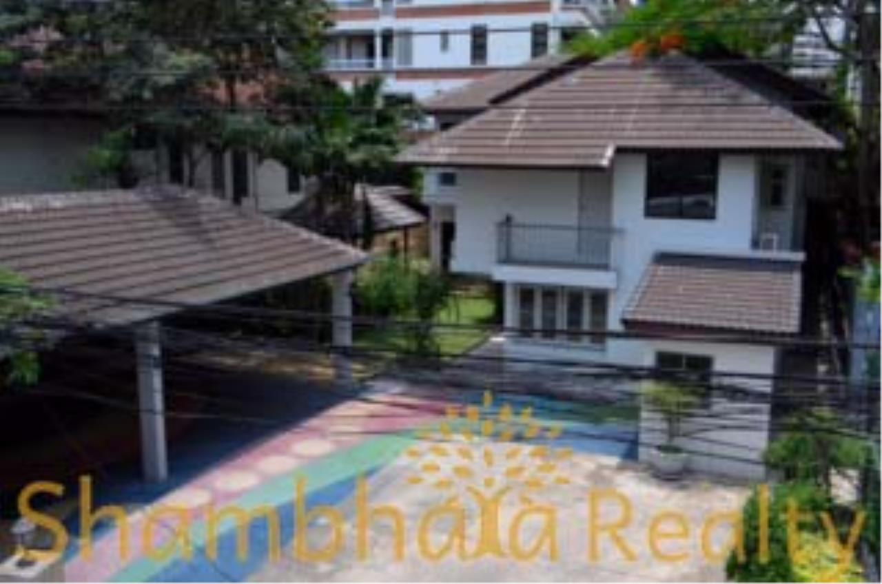 Shambhala Realty Agency's House for Sale Condominium for Sale in Sukhumvit 34 3