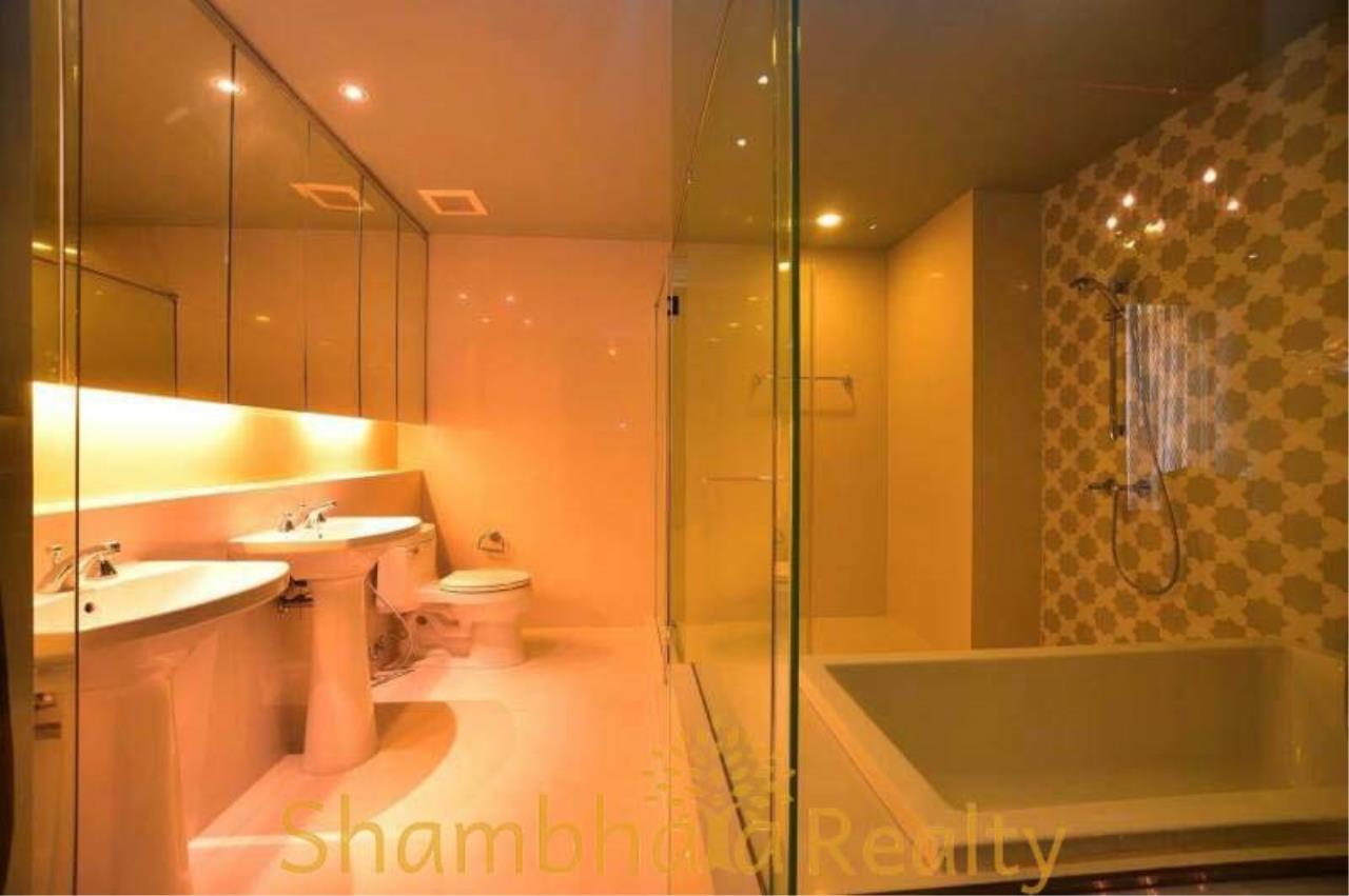 Shambhala Realty Agency's Aguston Sukhumvit 22 Condominium for Rent 1