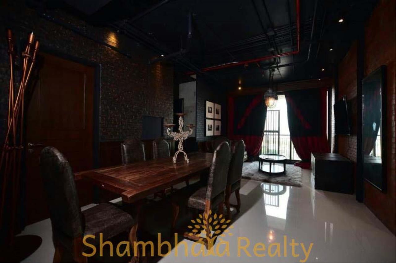 Shambhala Realty Agency's Aguston Sukhumvit 22 Condominium for Rent 2