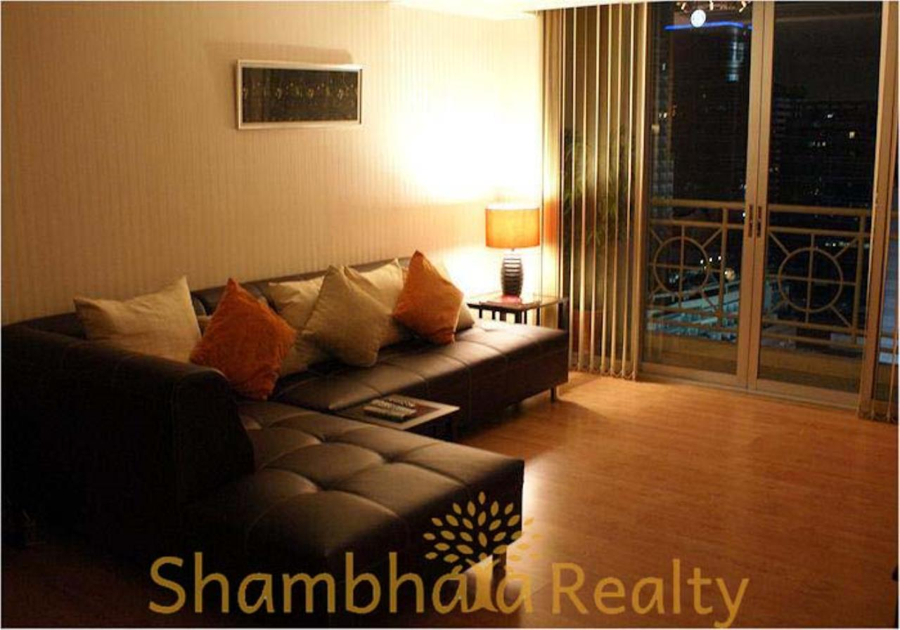Shambhala Realty Agency's Asoke Place Condominium for Rent in Sukhumvit 21 1