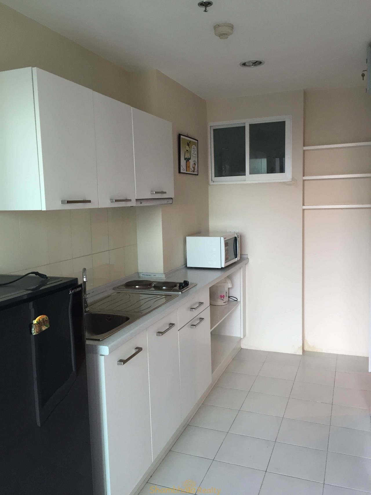 Shambhala Realty Agency's Life @ Sathorn 10 Condominium for Rent 3