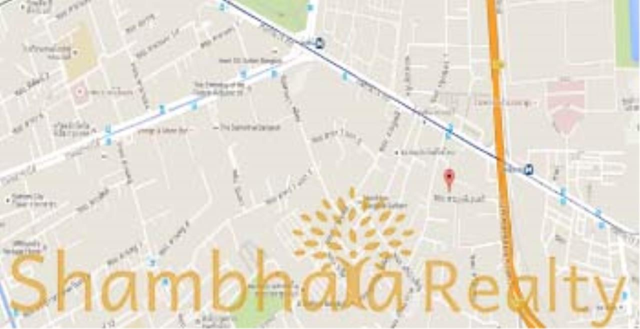 Shambhala Realty Agency's Town Home for Rent Condominium for Rent in Rama 4. MRT Lumpini 5