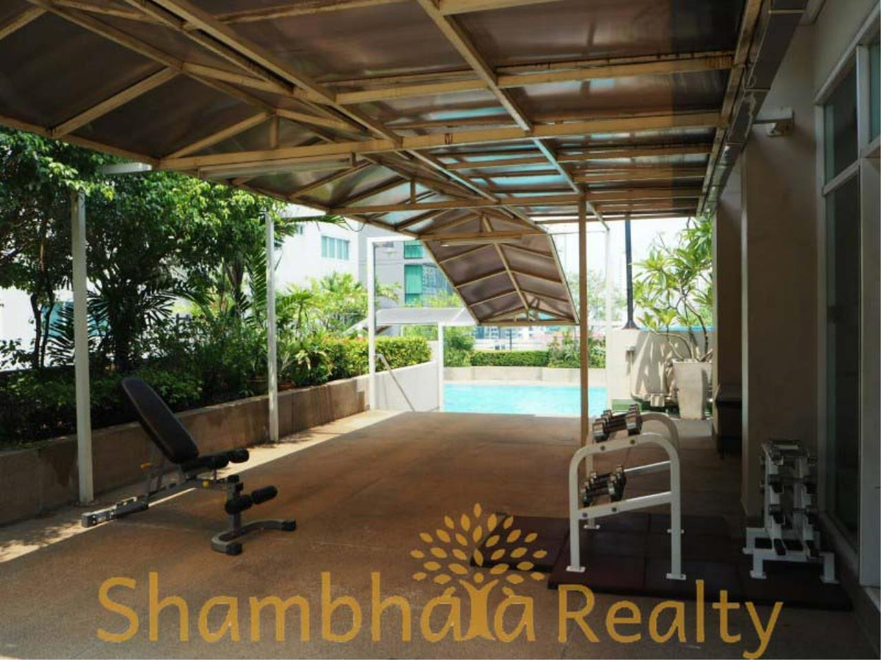 Shambhala Realty Agency's Grand Park View Condominium for Rent in Sukhumvit 21 15