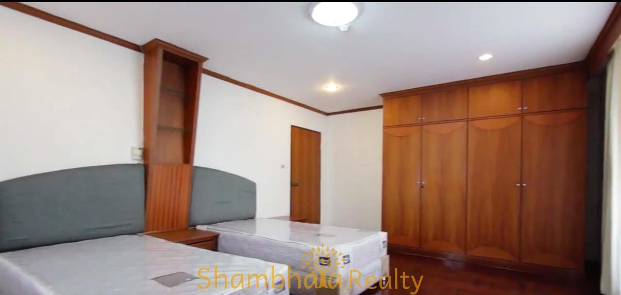 Shambhala Realty Agency's Apartment For Rent Condominium for Rent in Sukhumvit 24 7