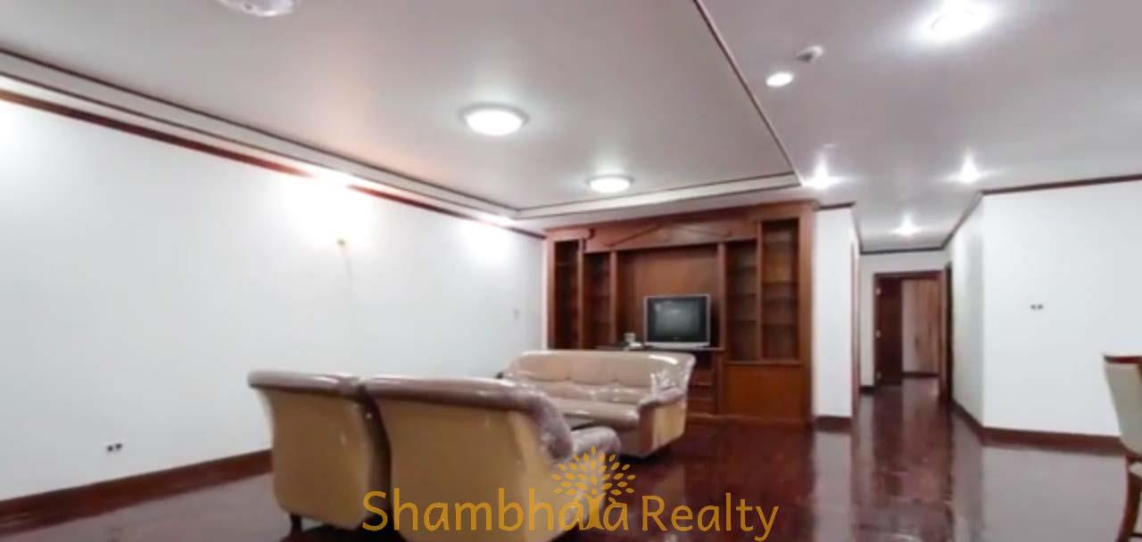 Shambhala Realty Agency's Apartment For Rent Condominium for Rent in Sukhumvit 24 1