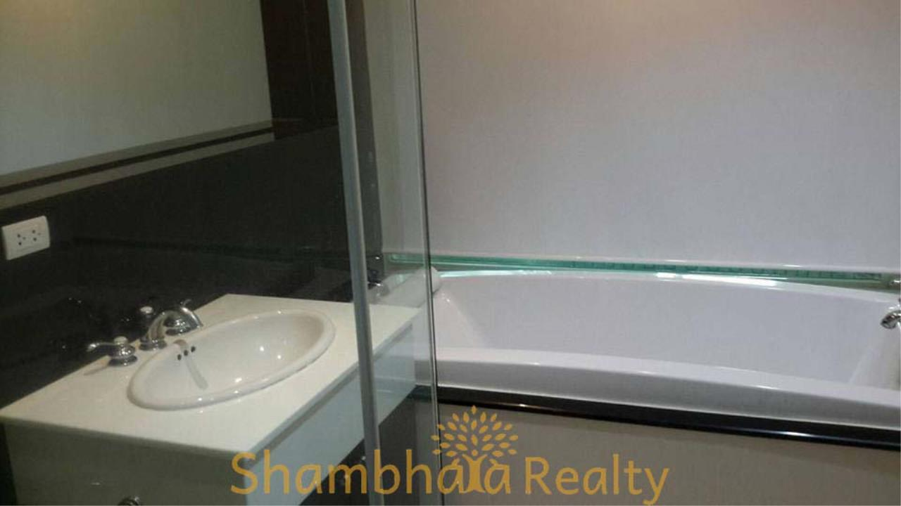 Shambhala Realty Agency's The Address Chidlom Condominium for Rent in Chidlom 8