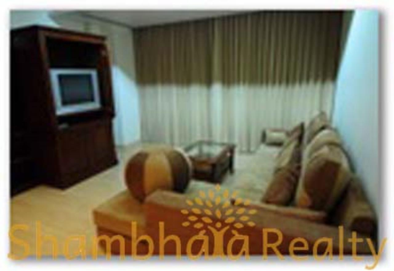 Shambhala Realty Agency's The Pentacles Condominium for Rent in Sukhumvit 55 1