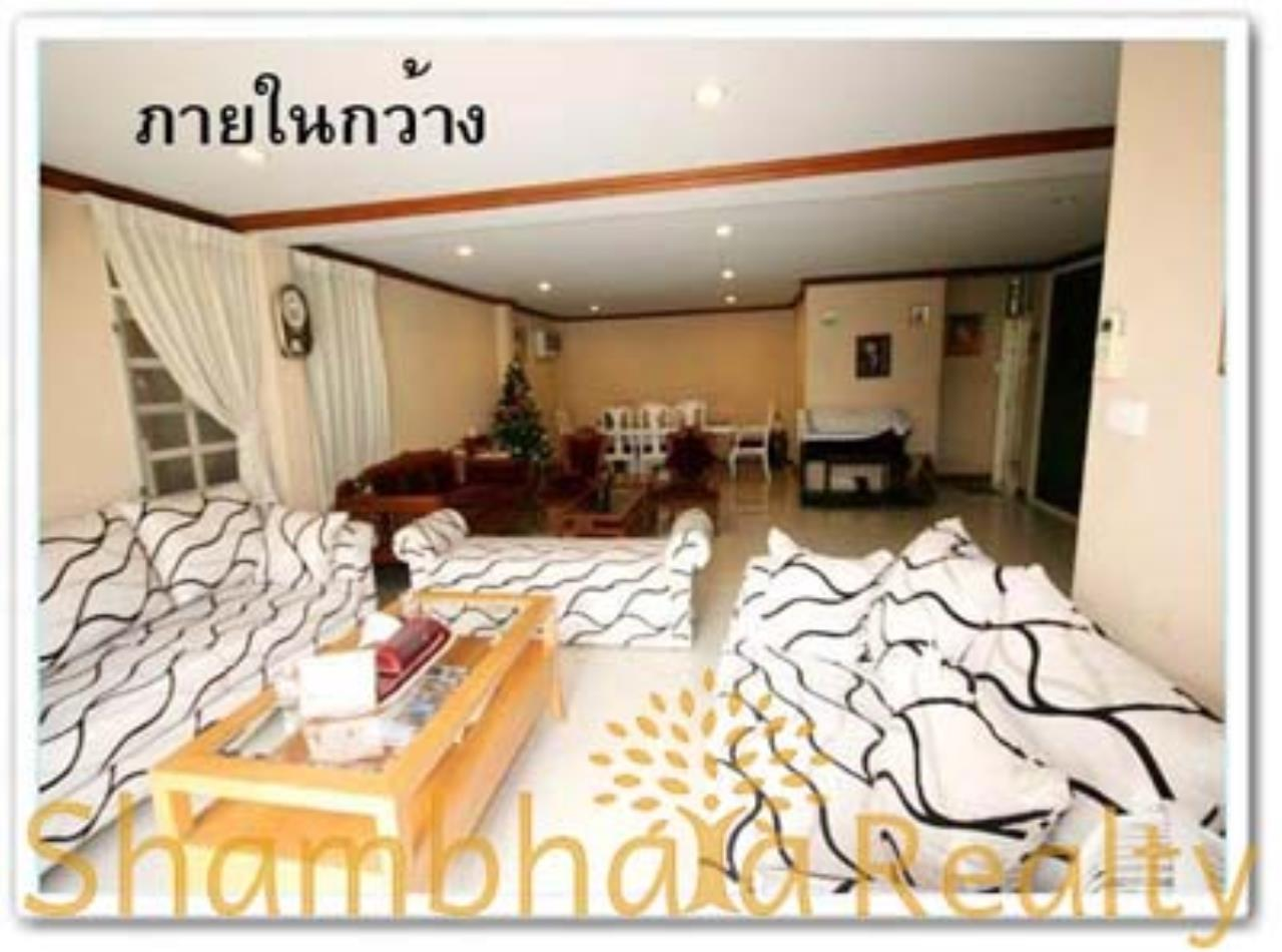 Shambhala Realty Agency's House for Rent: Boo Baan Ari Condominium for Rent in Sukhumvit 26 5