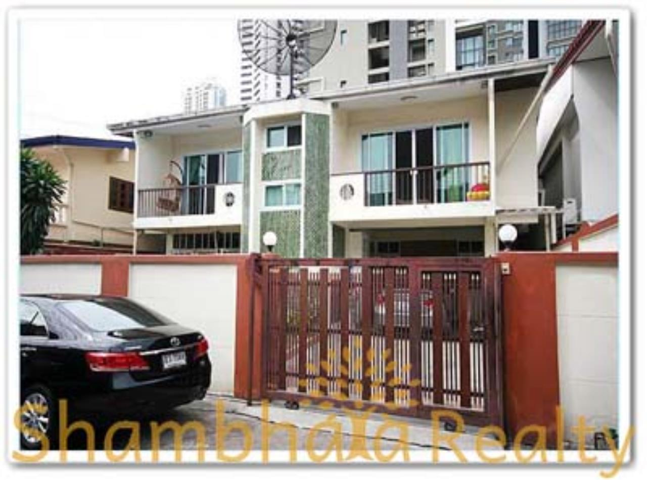 Shambhala Realty Agency's House for Rent: Boo Baan Ari Condominium for Rent in Sukhumvit 26 8