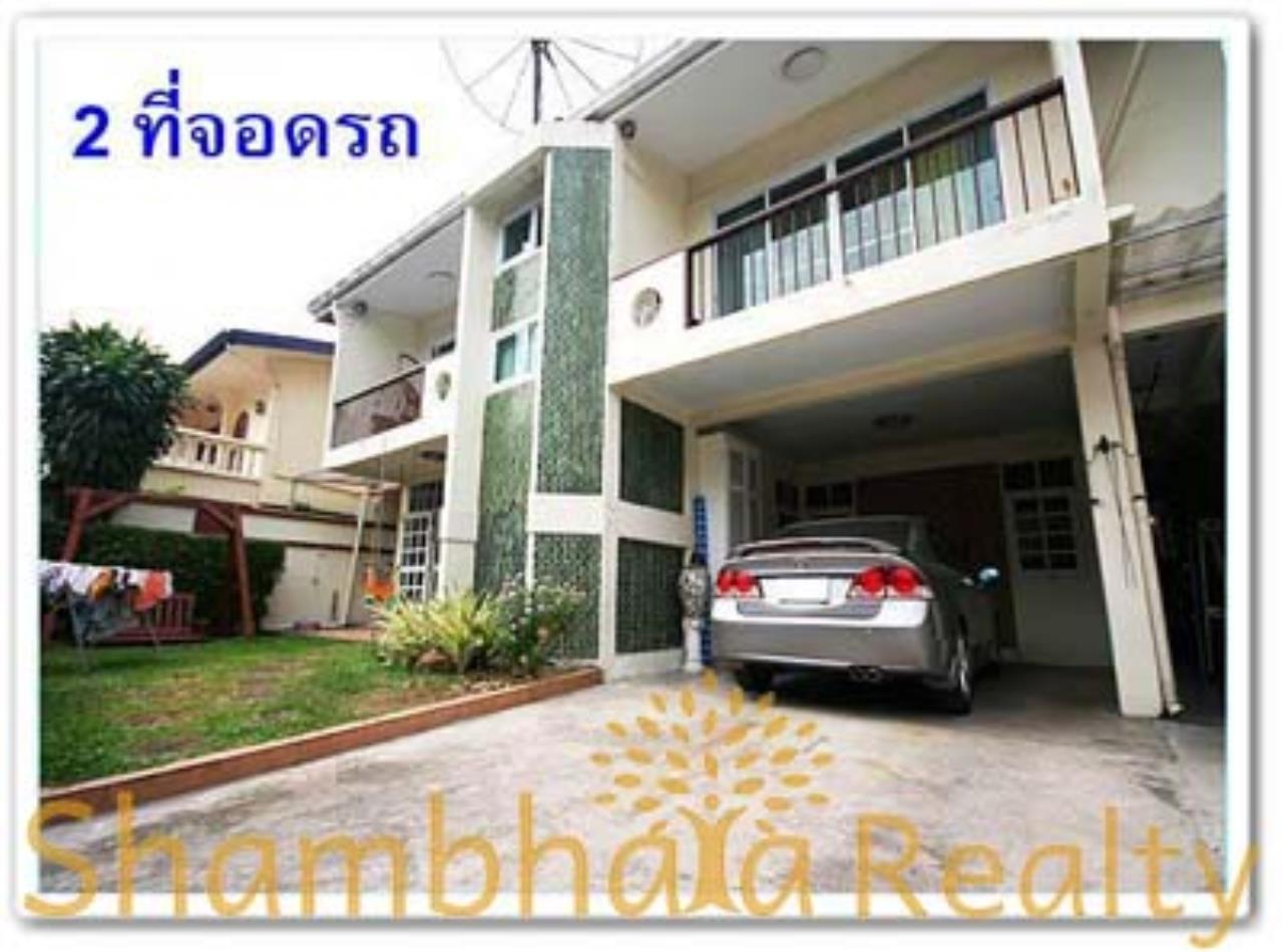 Shambhala Realty Agency's House for Rent: Boo Baan Ari Condominium for Rent in Sukhumvit 26 9