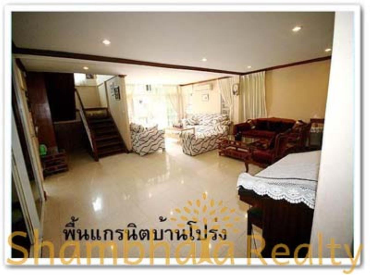 Shambhala Realty Agency's House for Rent: Boo Baan Ari Condominium for Rent in Sukhumvit 26 2