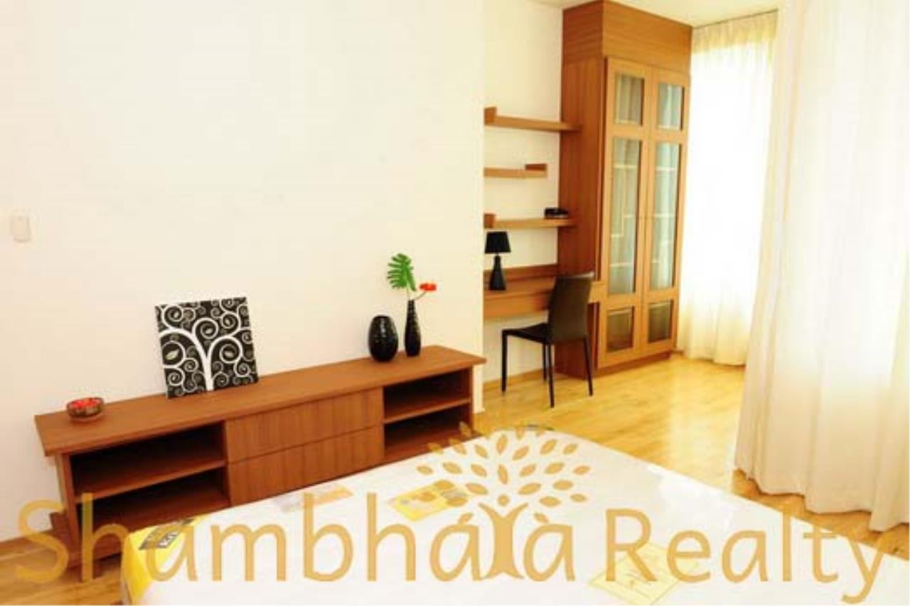 Shambhala Realty Agency's The Empire Place Condominium for Rent 5