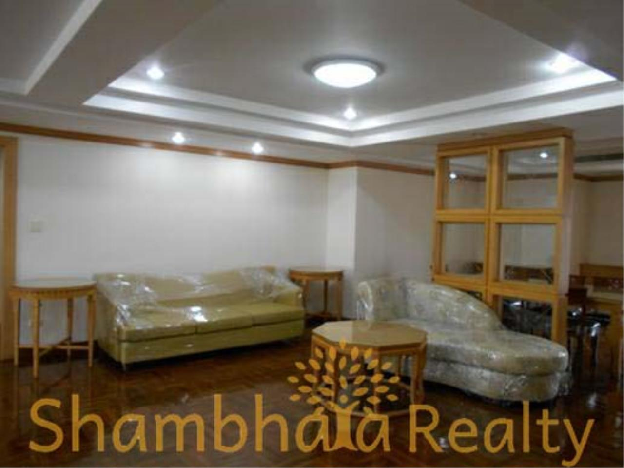 Shambhala Realty Agency's Apartment For Rent Condominium for Rent in Sukhuvmit 24 12