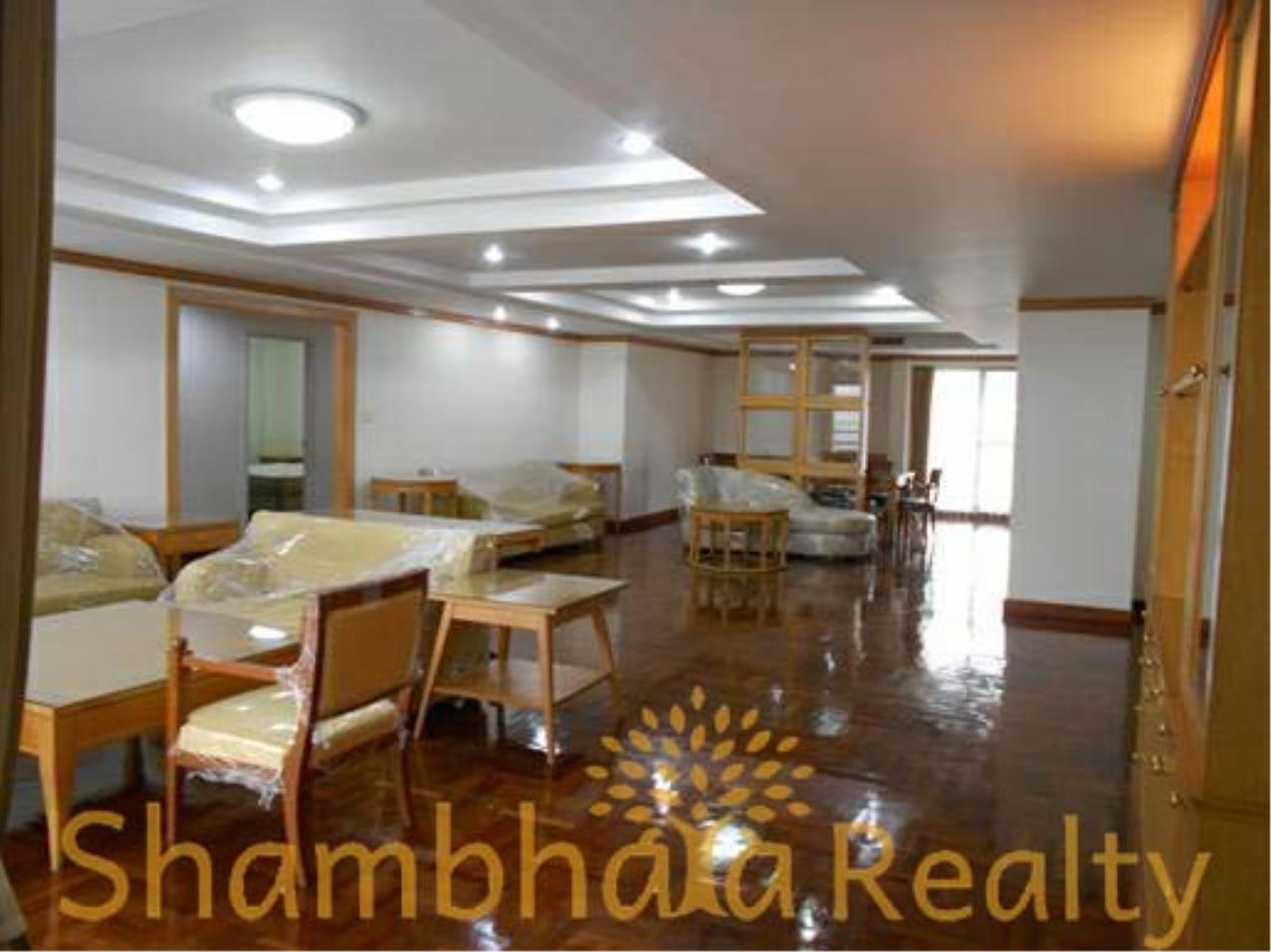 Shambhala Realty Agency's Apartment For Rent Condominium for Rent in Sukhuvmit 24 13