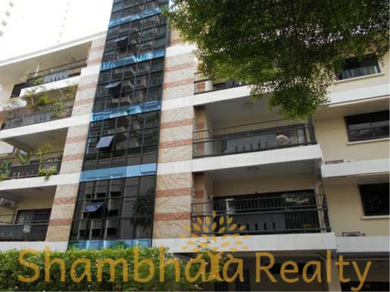 Shambhala Realty Agency's Apartment For Rent Condominium for Rent in Sukhuvmit 24 16
