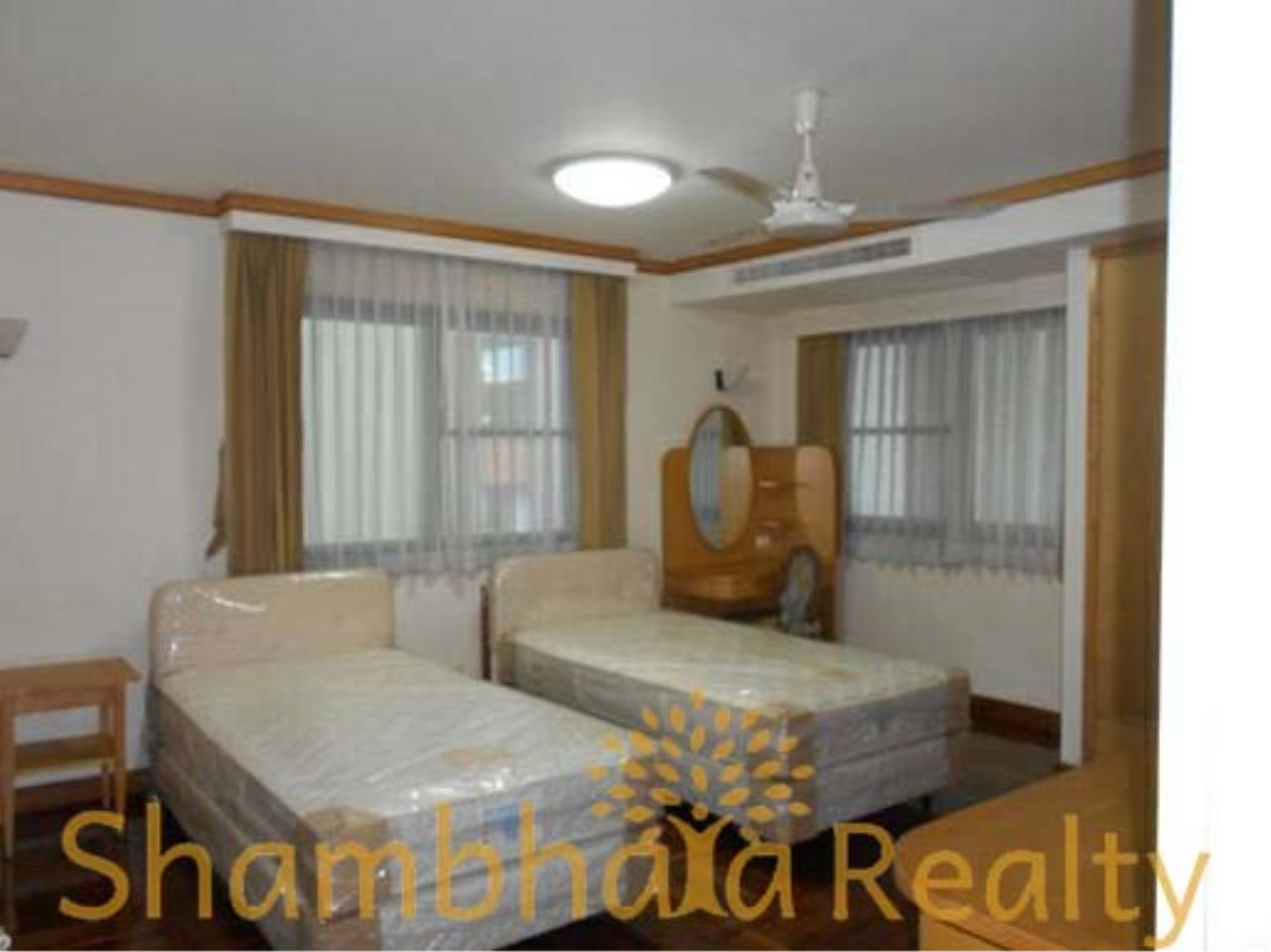 Shambhala Realty Agency's Apartment For Rent Condominium for Rent in Sukhuvmit 24 3