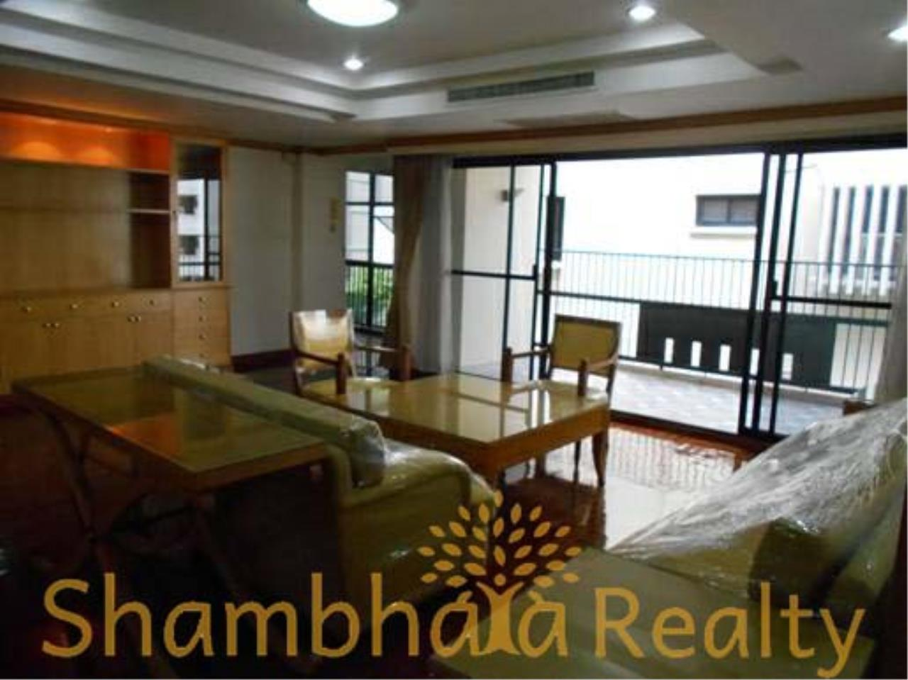 Shambhala Realty Agency's Apartment For Rent Condominium for Rent in Sukhuvmit 24 10
