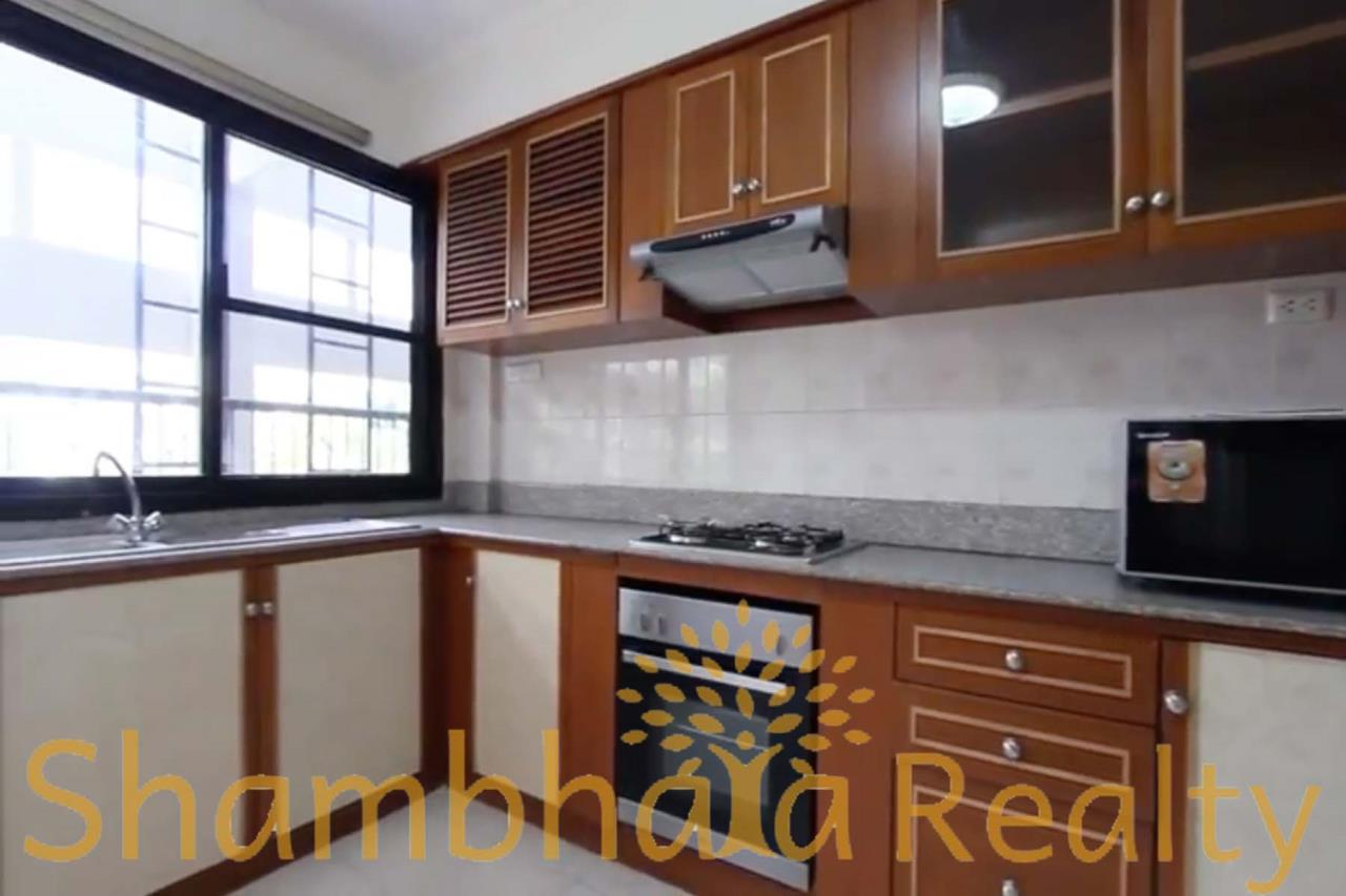 Shambhala Realty Agency's Shanti 24 Condominium for Rent in Sukhumvit 24 6