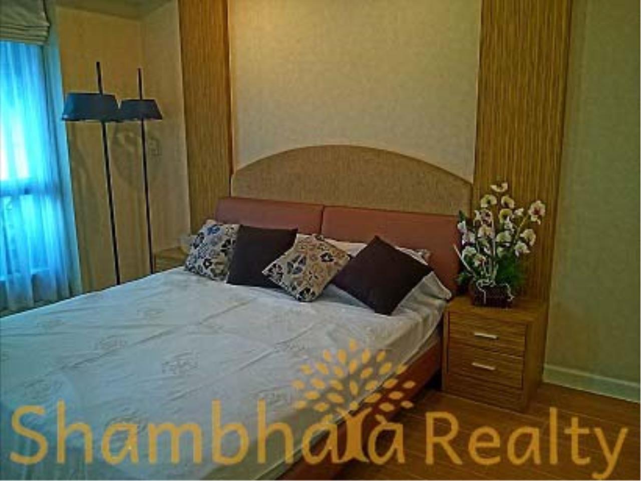 Shambhala Realty Agency's Baan Thanon Sarasin Condominium for Rent in Ratchdamri 2