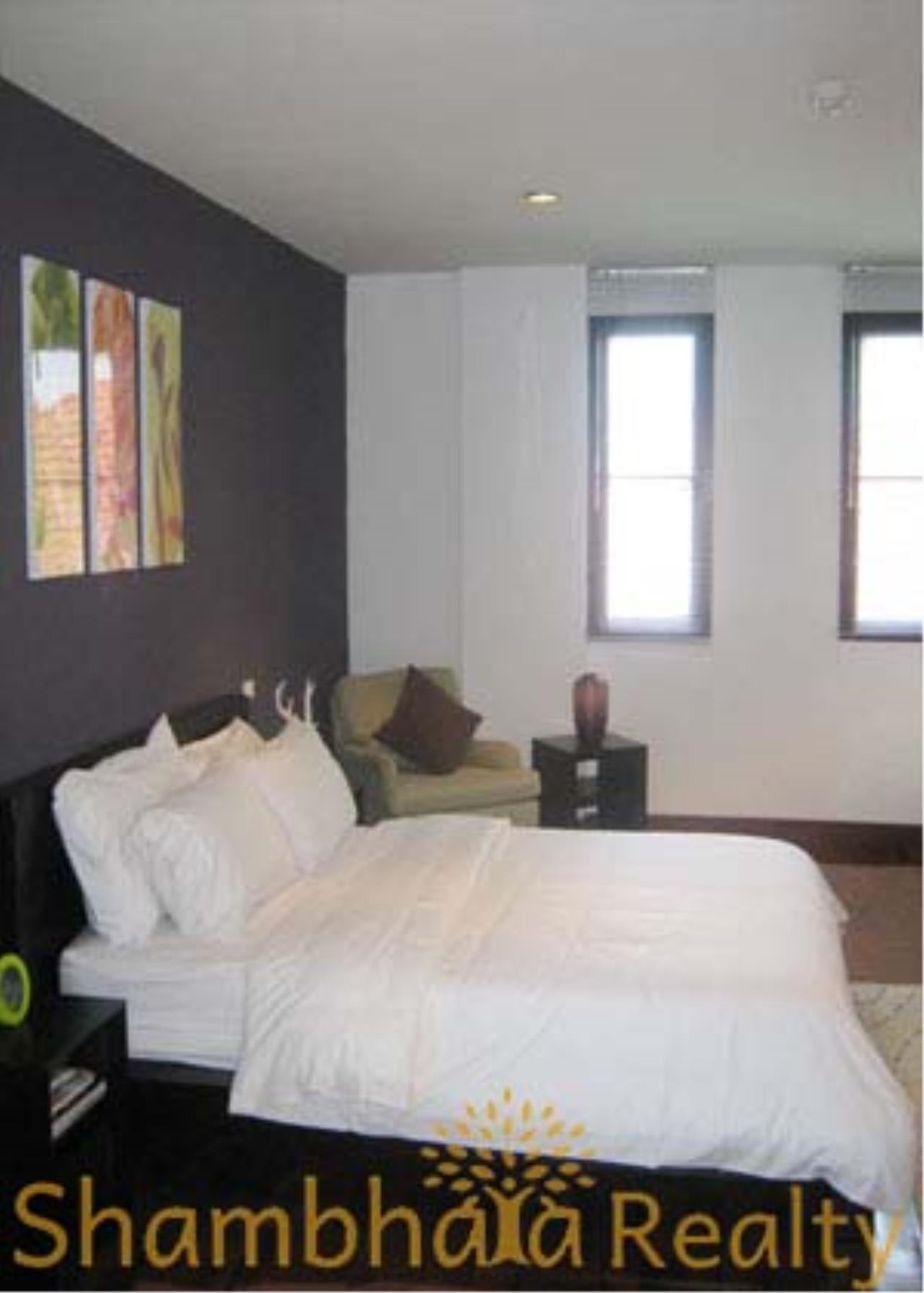 Shambhala Realty Agency's Tonson Residence Condominium for Rent in Soi  langsuan 1 4