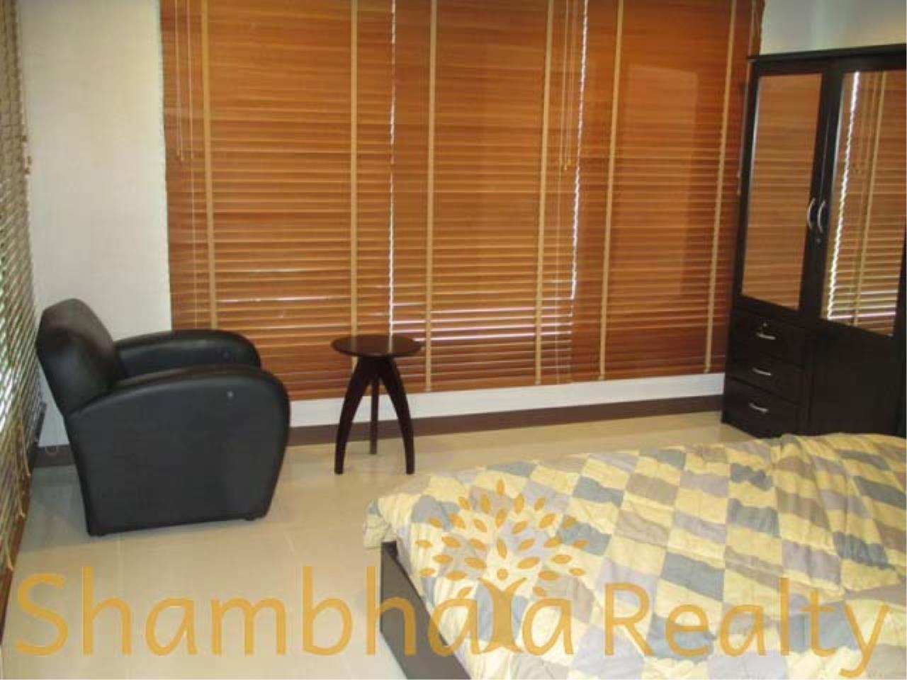 Shambhala Realty Agency's Sukhumvit Living Town Condominium for Sale in Sukhumvit 21 3