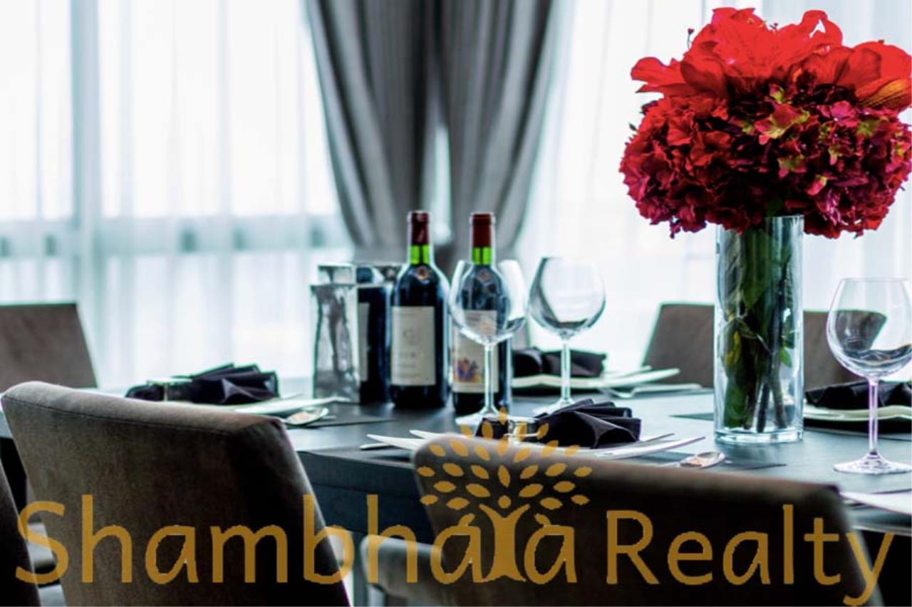 Shambhala Realty Agency's Royal Residence Park Condominium for Rent in Langsuan 2