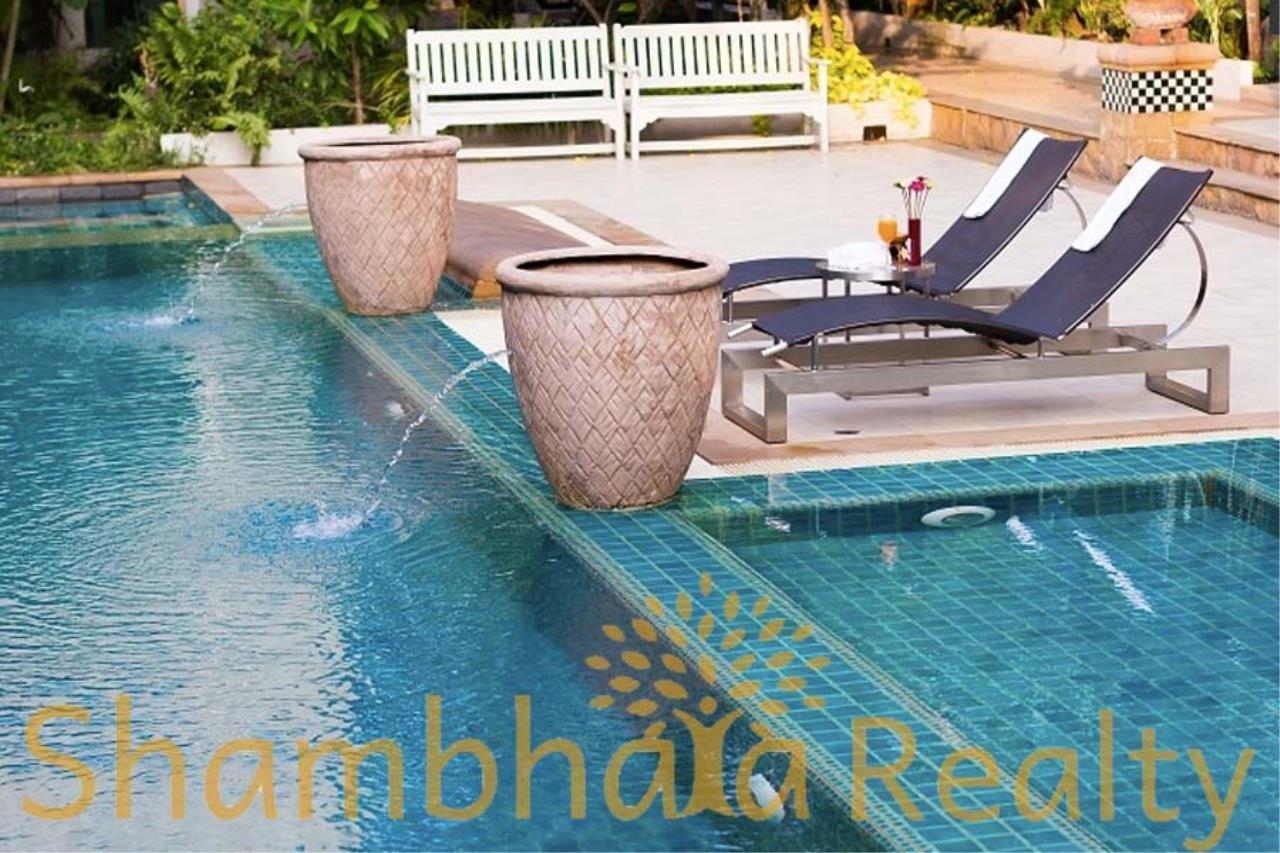 Shambhala Realty Agency's Royal Residence Park Condominium for Rent in Langsuan 11