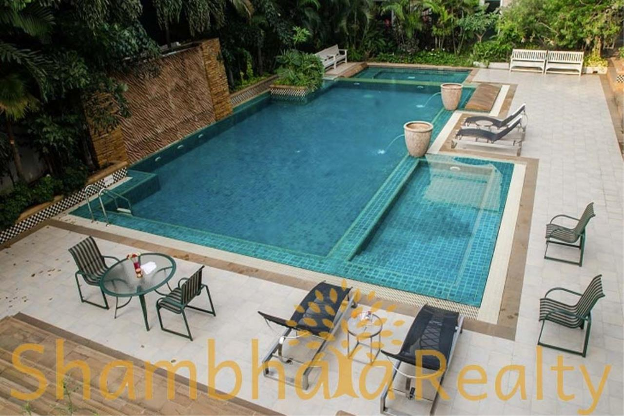 Shambhala Realty Agency's Royal Residence Park Condominium for Rent in Langsuan 10