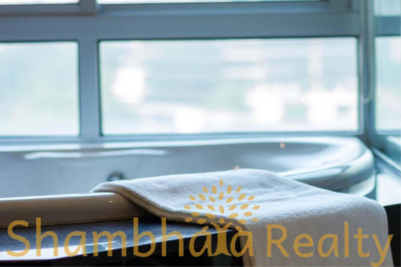 Shambhala Realty Agency's Royal Residence Park Condominium for Rent in Langsuan 5