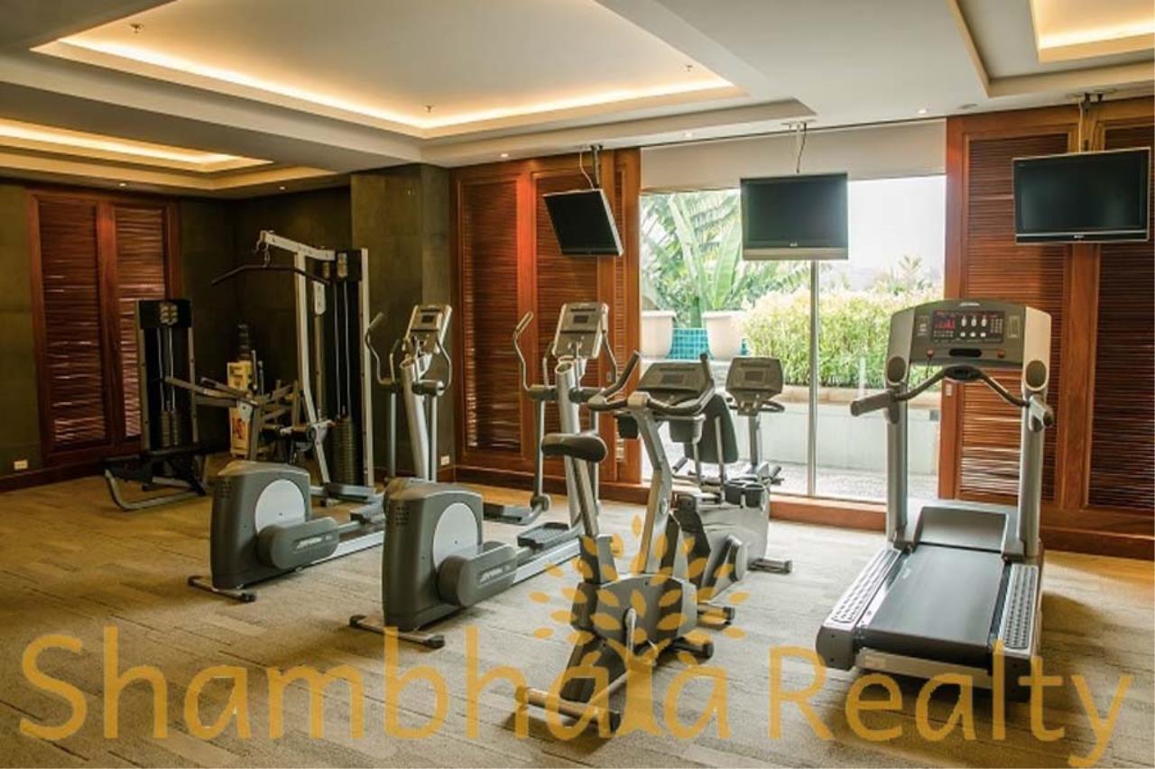 Shambhala Realty Agency's Royal Residence Park Condominium for Rent in Langsuan 7
