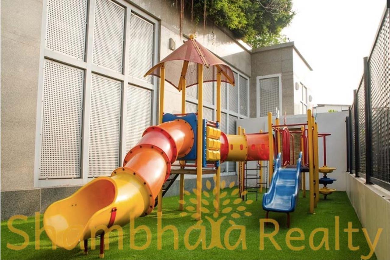 Shambhala Realty Agency's Royal Residence Park Condominium for Rent in Langsuan 9
