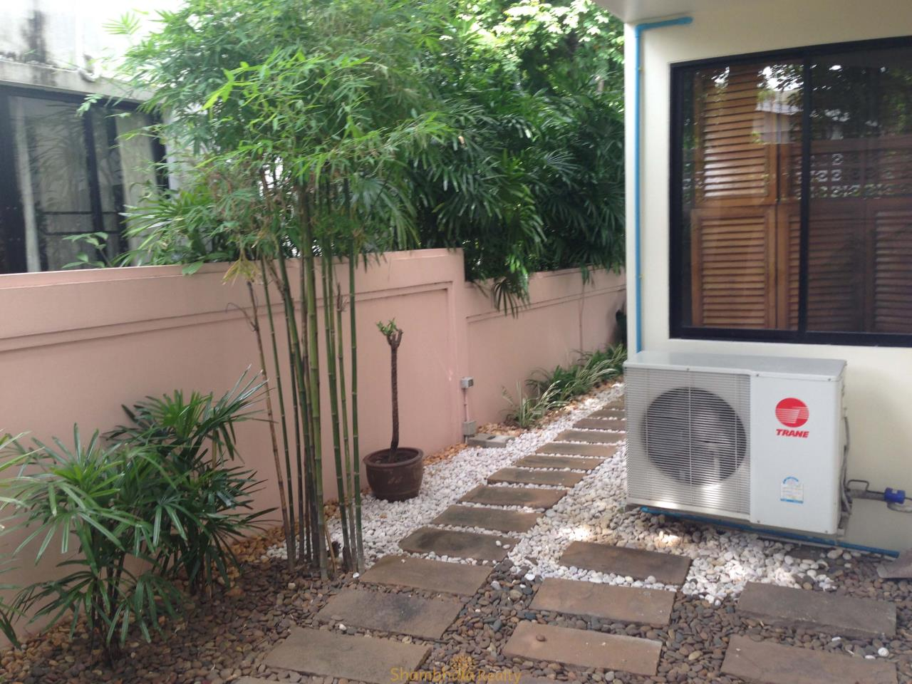 Shambhala Realty Agency's Noble House Condominium for Rent in Thonglor 25 soi Sang Thong 9