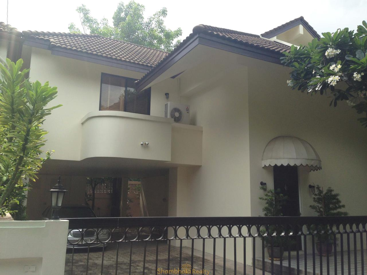 Shambhala Realty Agency's Noble House Condominium for Rent in Thonglor 25 soi Sang Thong 19