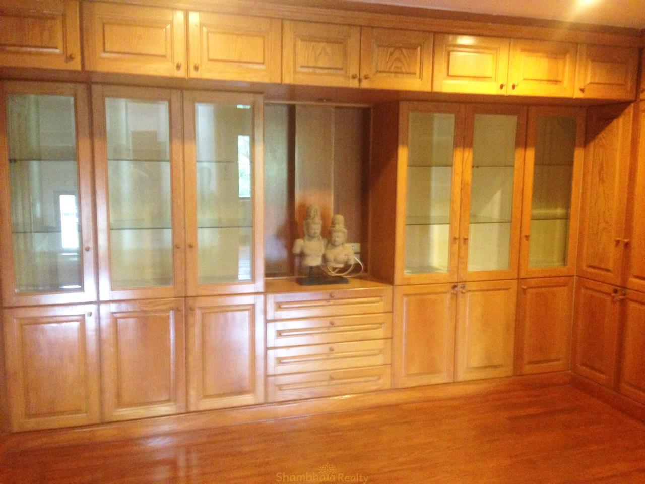 Shambhala Realty Agency's Noble House Condominium for Rent in Thonglor 25 soi Sang Thong 3