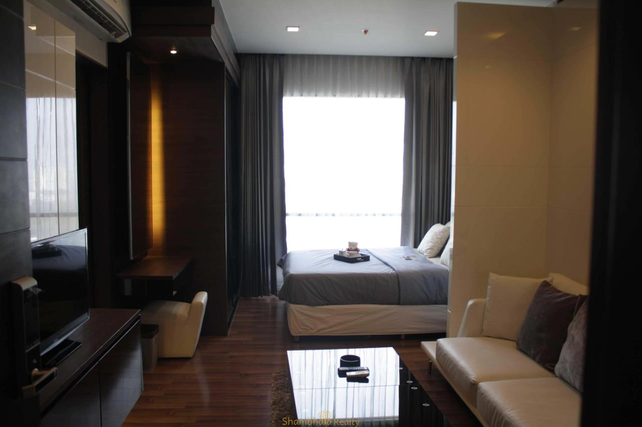 Shambhala Realty Agency's Ivy Ampio Condominium for Rent in Ratchadapisek road 8