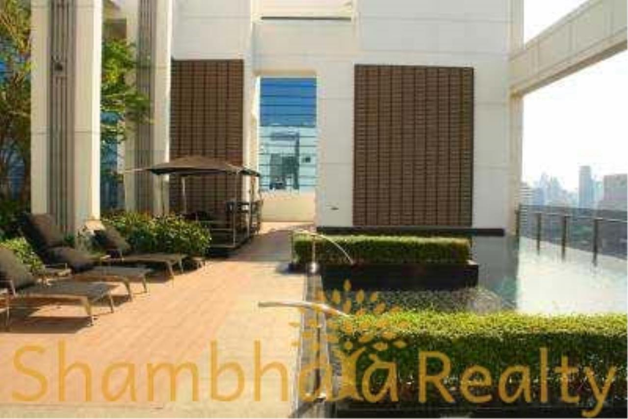 Shambhala Realty Agency's Ivy Ampio Condominium for Rent in Ratchadapisek road 2