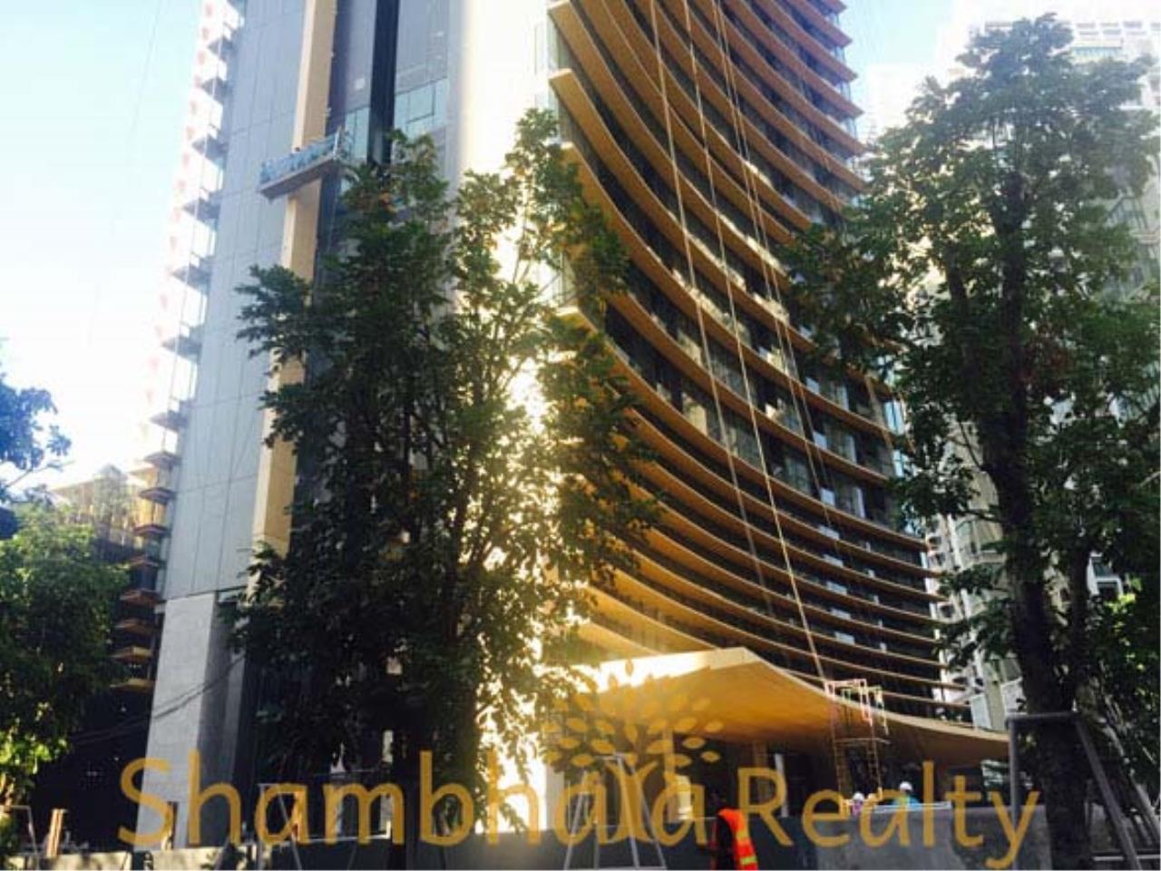 Shambhala Realty Agency's The Lumpini 24 Condominium for Sale in Sukhumvit 24 3