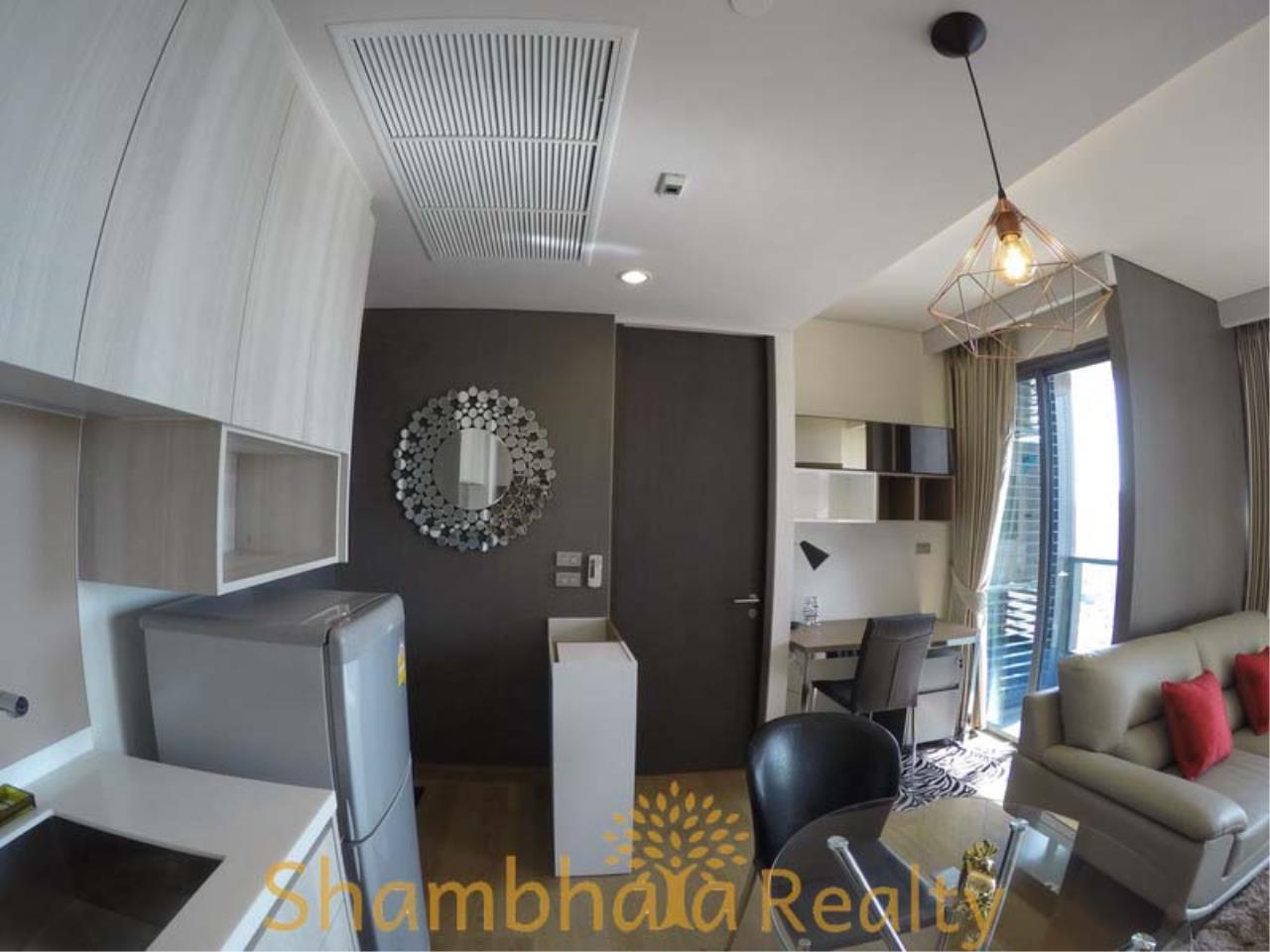 Shambhala Realty Agency's The Lumpini 24 Condominium for Rent in Sukhumvit 24 4