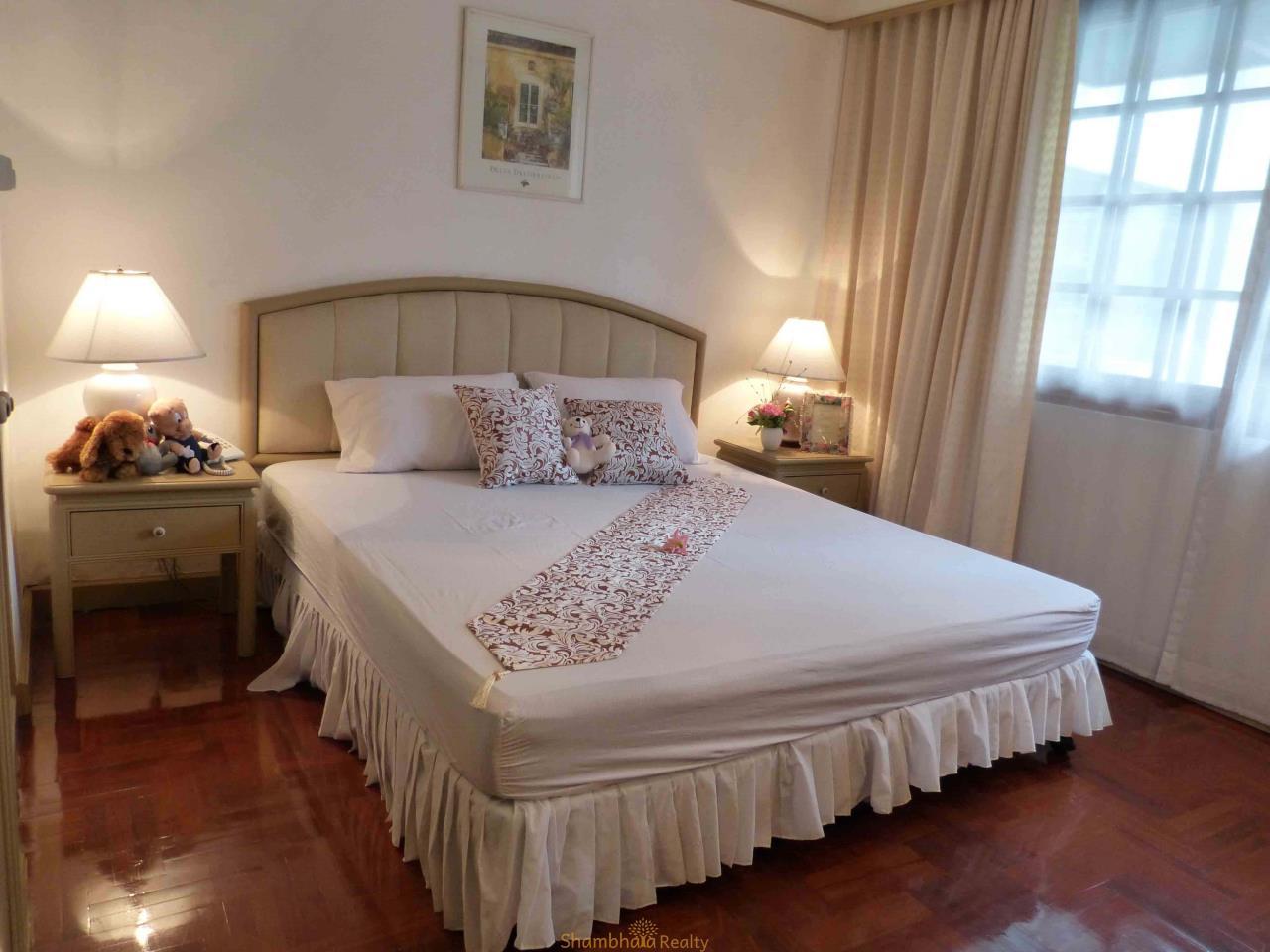 Shambhala Realty Agency's Apartment For Rent Condominium for Rent in Langsuan. BTS Chit lom 2