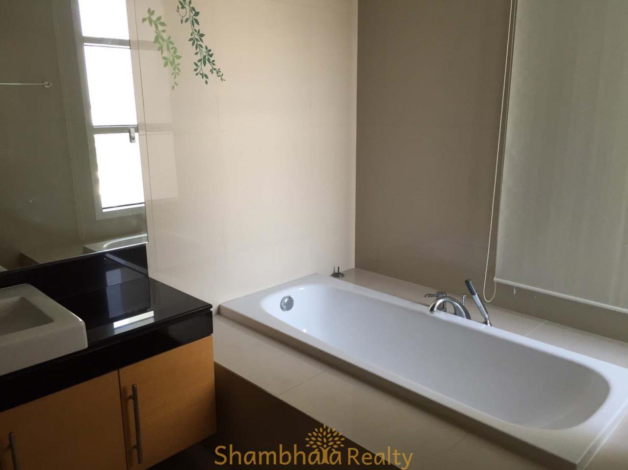 Shambhala Realty Agency's Fullerton Condominium for Rent in Sukhumvit 61 1